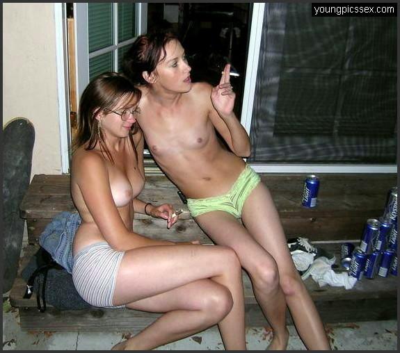Nackt betrunken teen Was eine